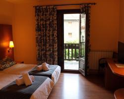 espot-cat-hotel-saurat3.jpg